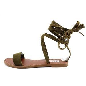 STEVE MADDEN Olive Kaara Lace Up Wrap Flat Sandals